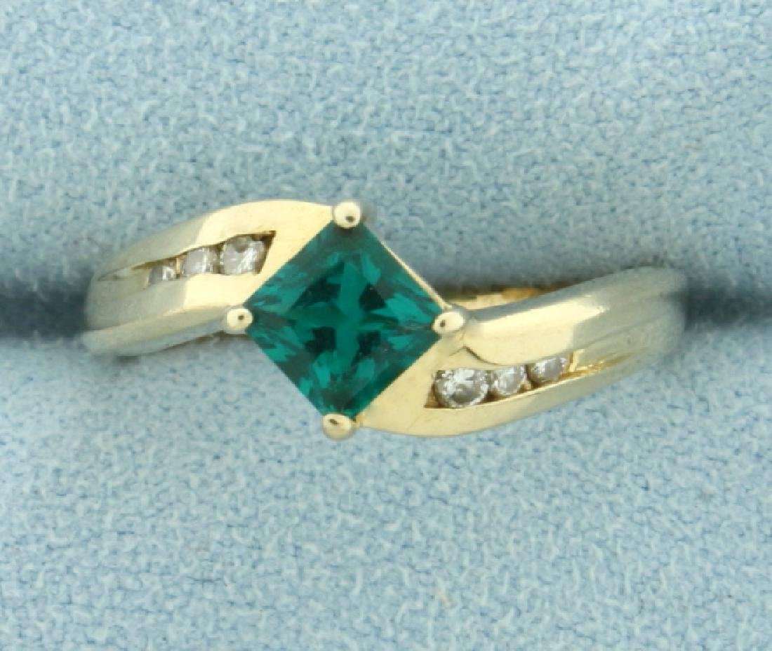 Natural Tsavorite Green Garnet and Diamond Gold Ring