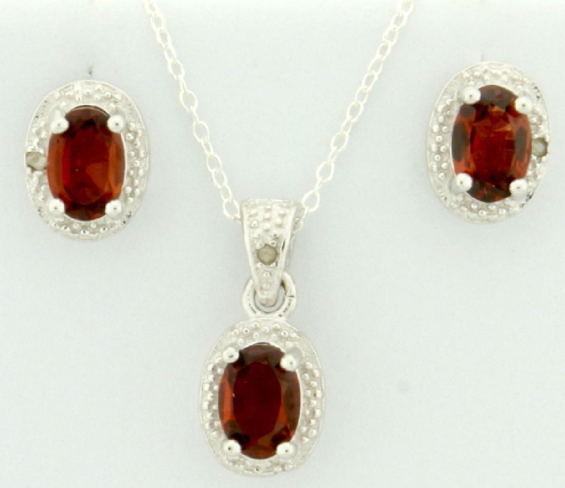 Garnet 1.4CT TW Earring and Pendant SET with Diamonds