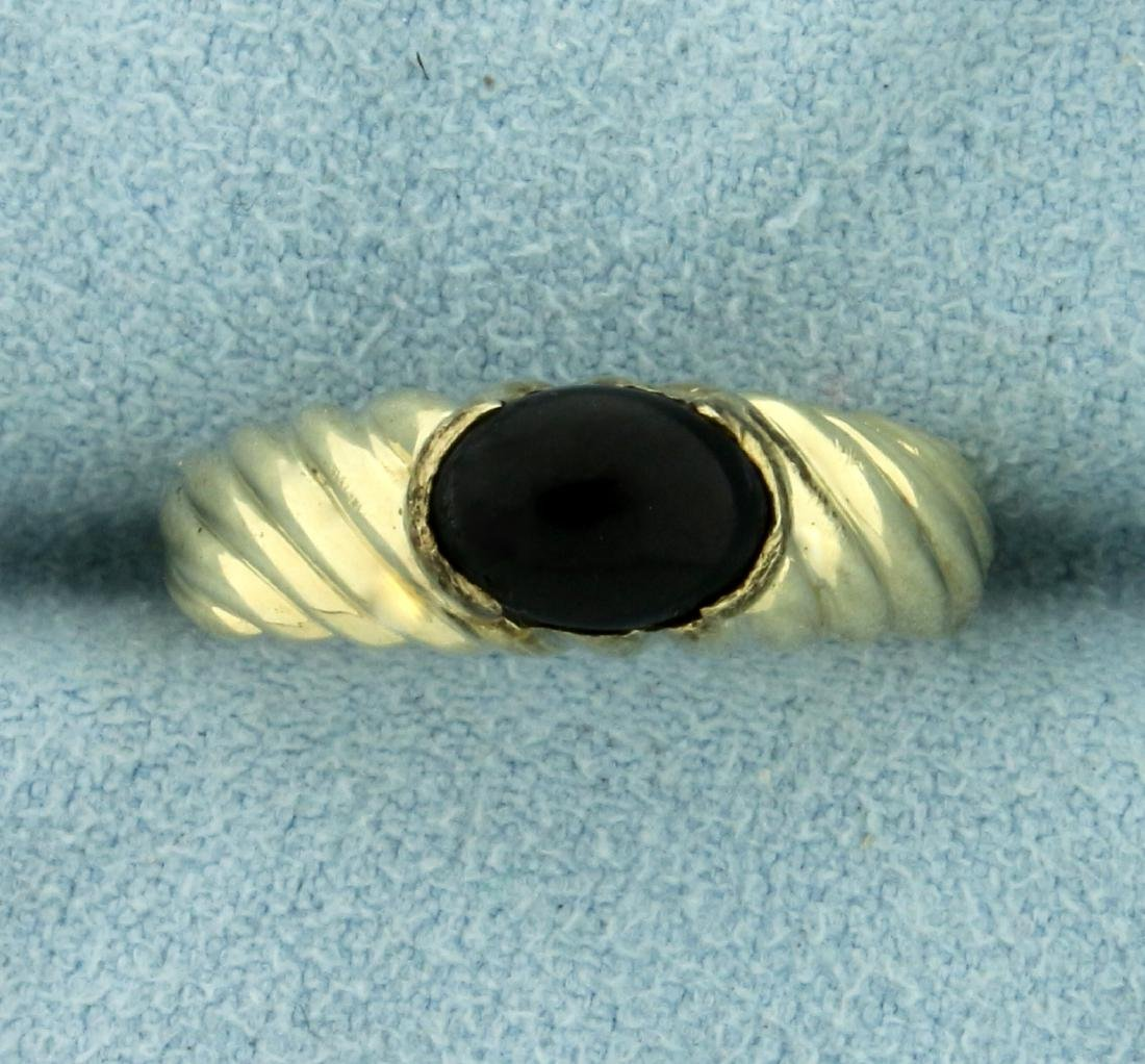 Cabochon Onyx Ring in 14K Yellow Gold
