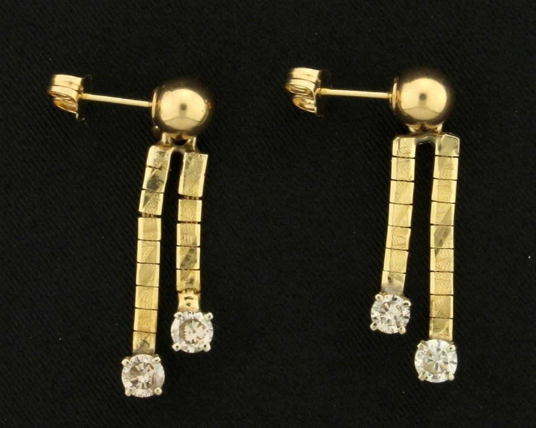 .9ct TW Dangle Diamond Earrings - 2