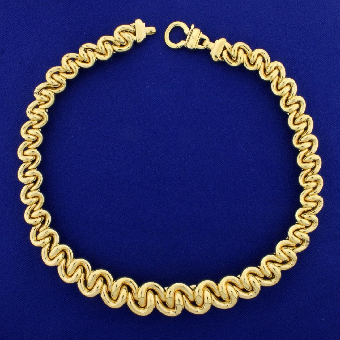 Italian Made Large Tapering Twisted Loop Link Neck