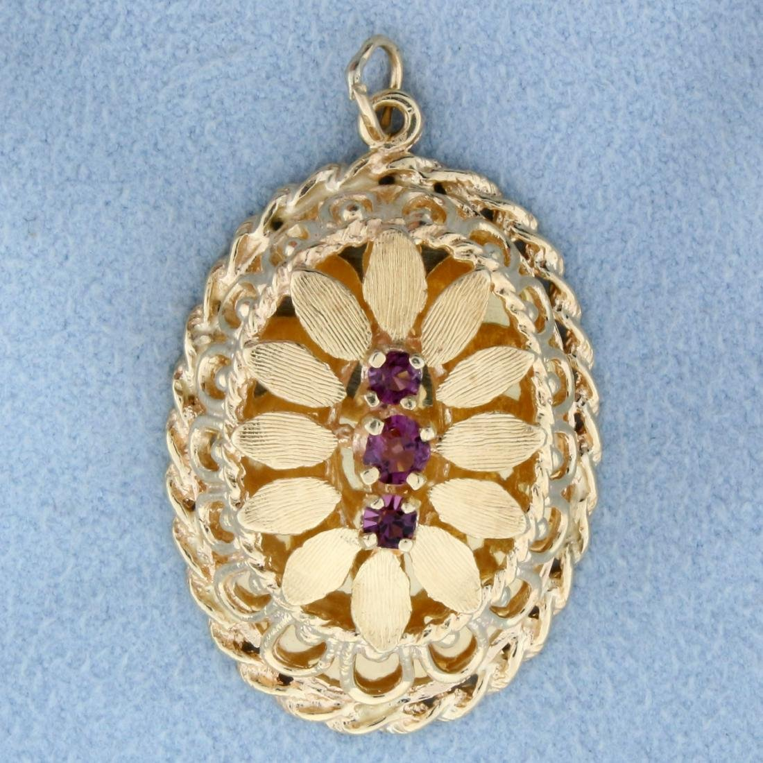 Detailed Amethyst Pendant in 14K Yellow Gold
