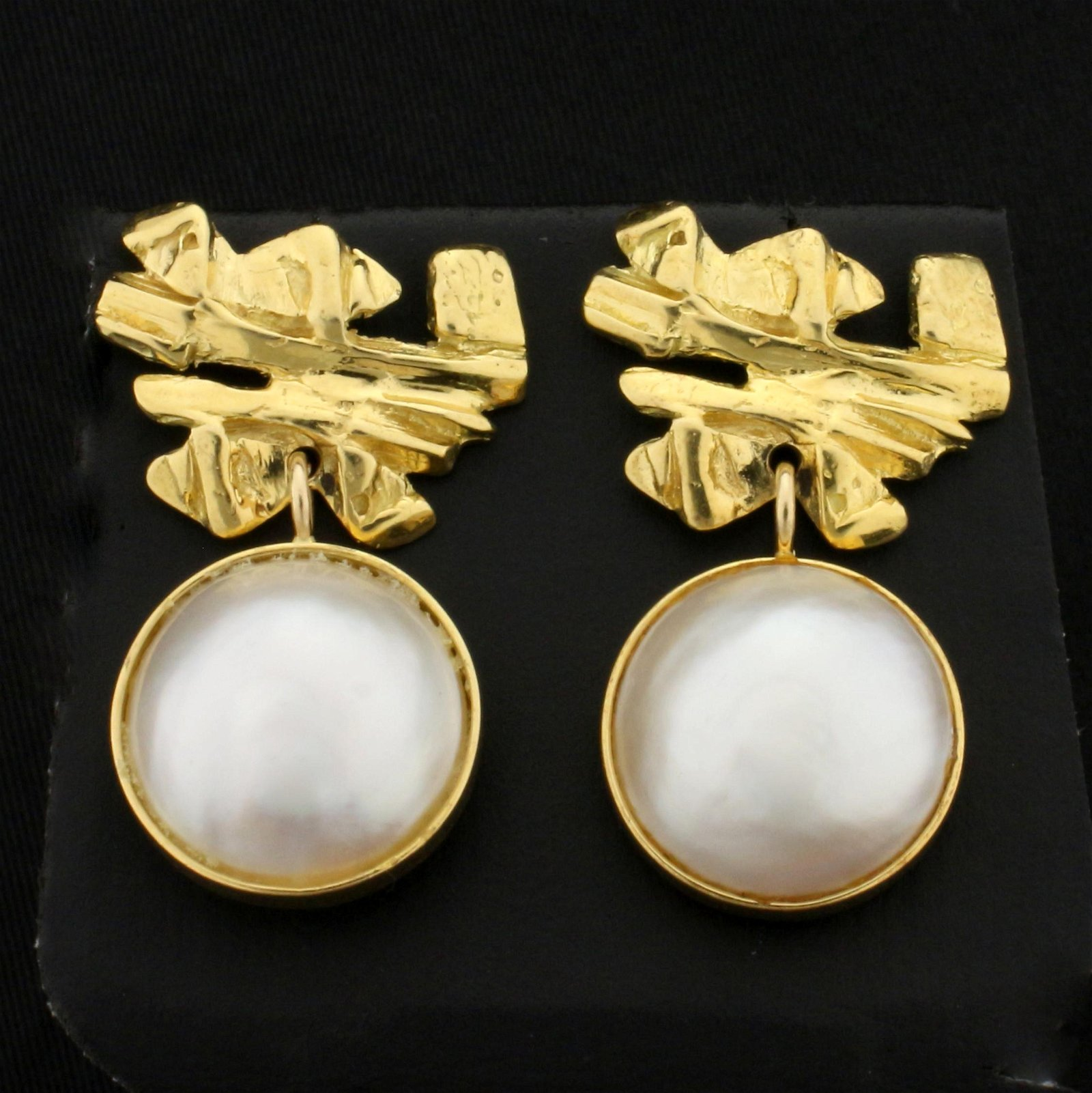 Designer Dangle Mabe Pearl Dangle Earrings in 18K