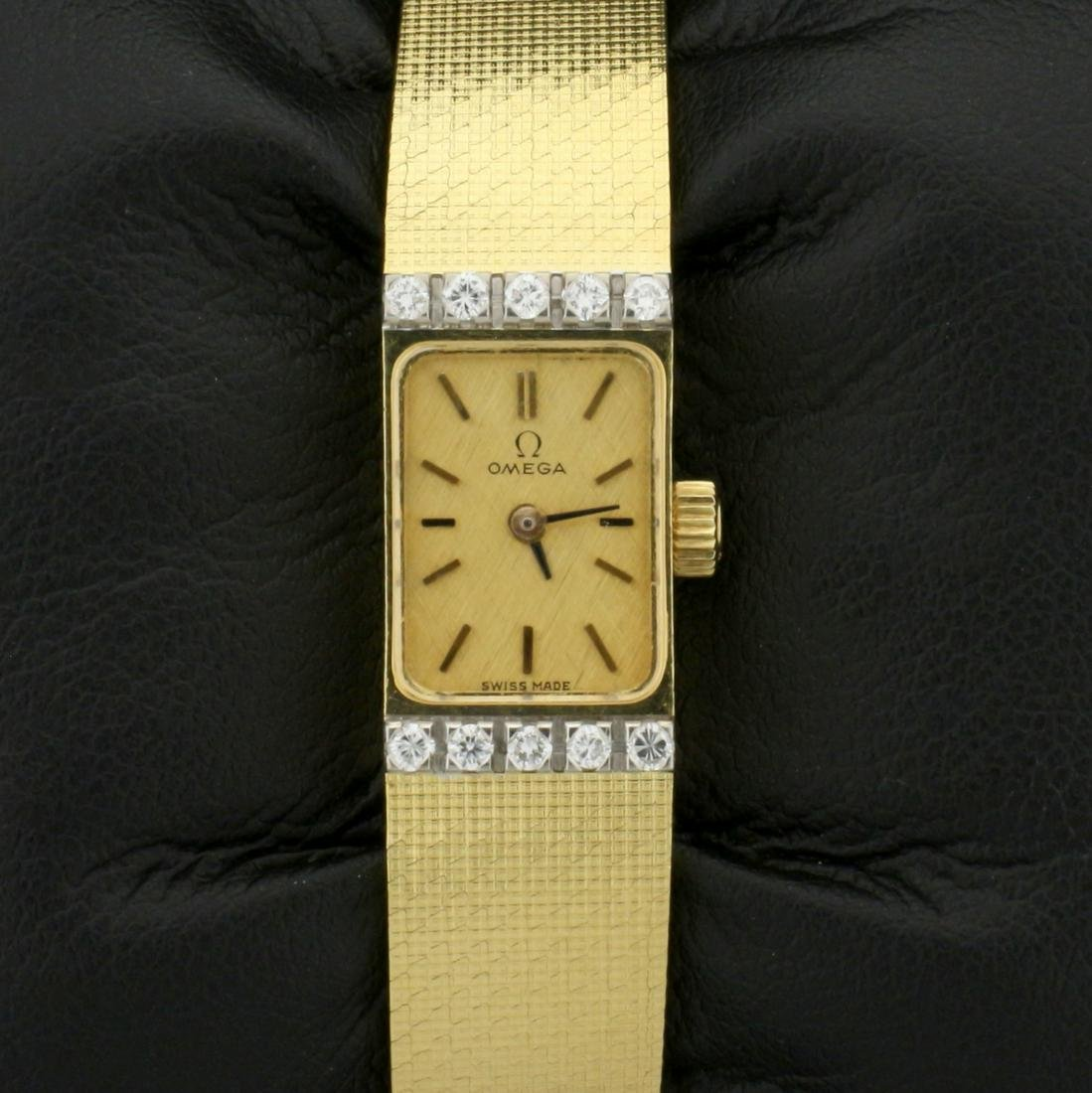 Vintage 18k Solid Gold Diamond Omega Windup Wristwatch
