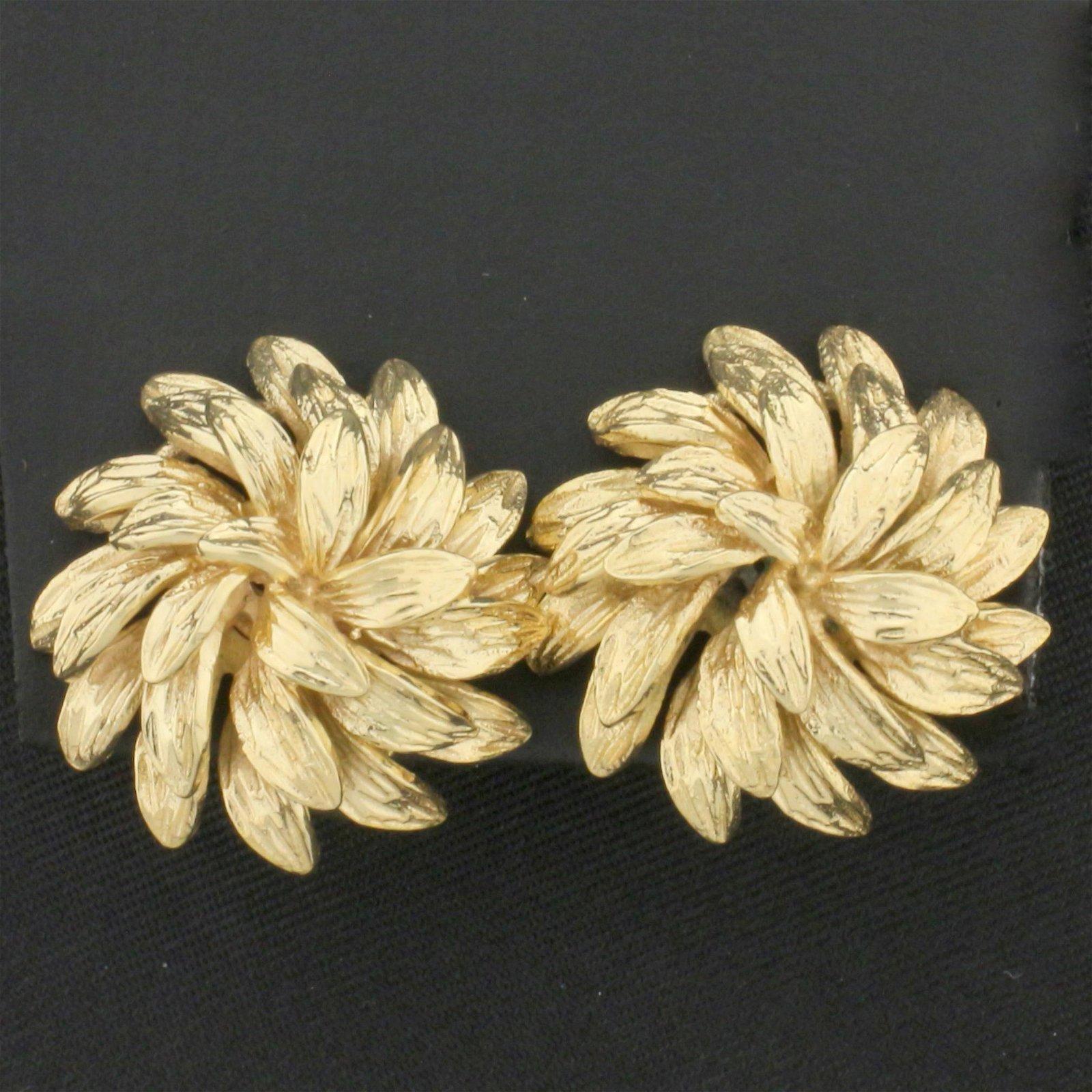 Leaf Nature Design Earrings for Non-Pierced Ears in 14K