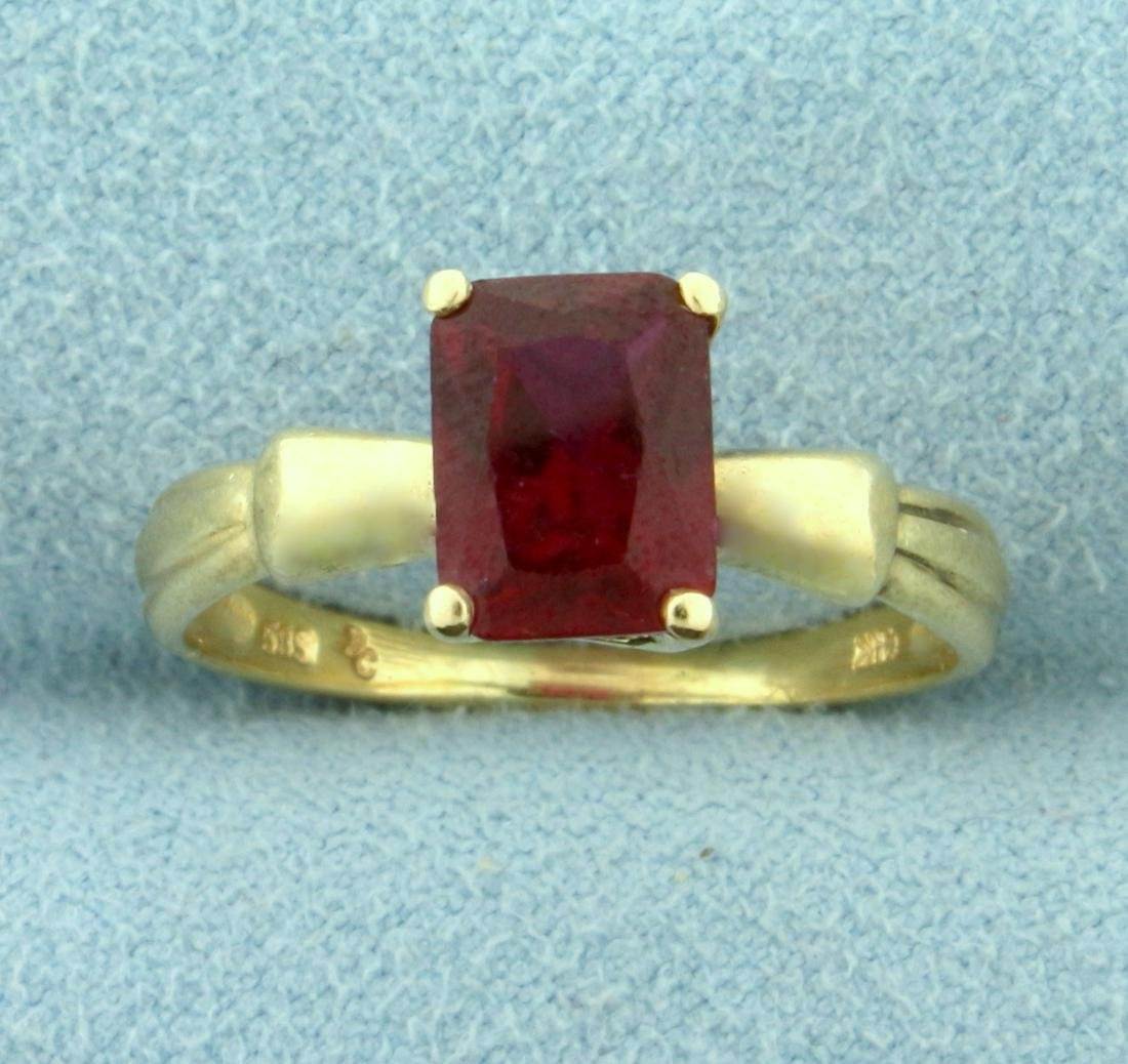 Natural 1.5ct Ruby Ring in 14K Yellow Gold