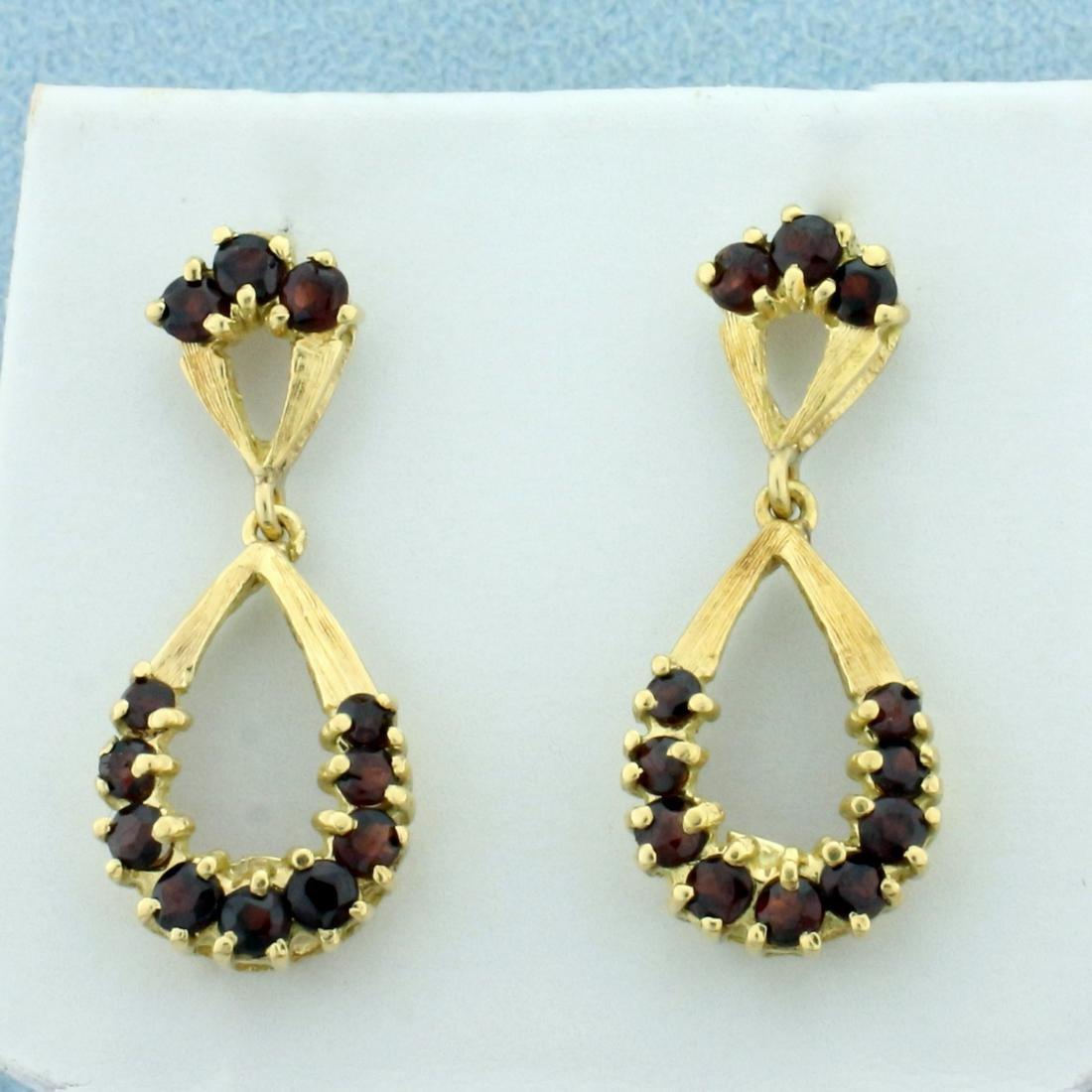Vintage Garnet Dangle Earrings in 18K Yellow Gold