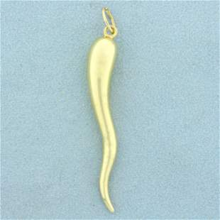 Large Italian Horn Pendant in 14K Yellow Gold