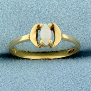 Vintage Opal Solitaire Ring in 14K Yellow Gold