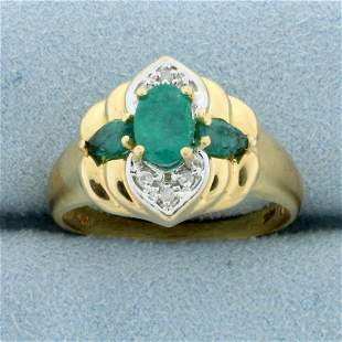Vintage Natural Emerald and Diamond Ring in 14k Yellow