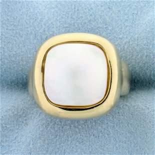 Unique Mother of Pearl Square Ring in 14K Yellow Gold