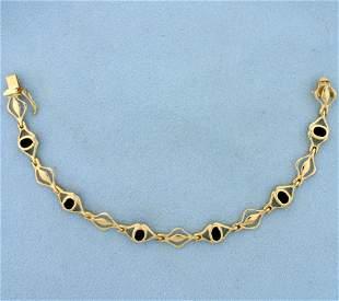 Vintage Onyx Bracelet in 14K Yellow Gold