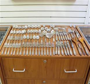 Wallace Stradivari Eighty-Eight Piece Sterling Silver