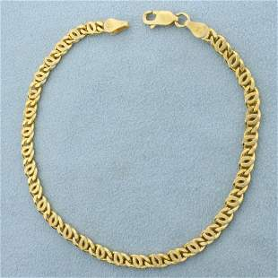 Italian Made Designer Curb Link Bracelet in 18k Gold
