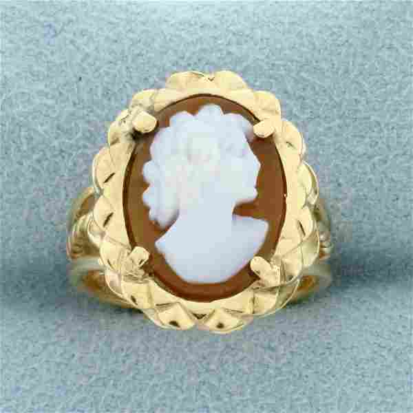 Cameo Ring in 14K Yellow Gold