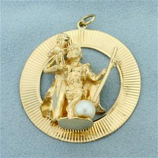 Saint Christopher Pendant in 14K Yellow Gold