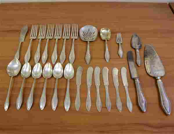 Towle Mary Chilton Sterling Silver Twenty-Five Piece