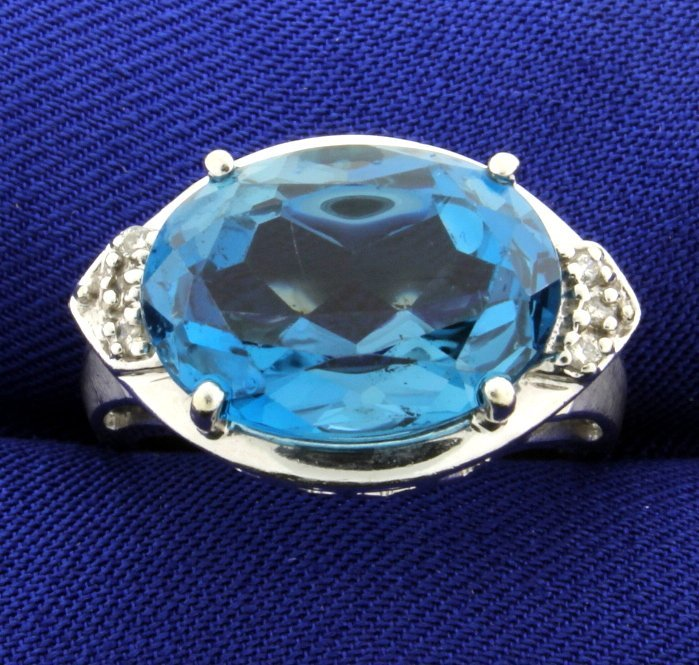 10 Carat Blue Topaz and Diamond Ring in White Gold