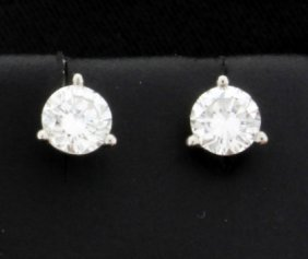 Diamond Stud Earrings 0.80 Carat Tw In Platinum