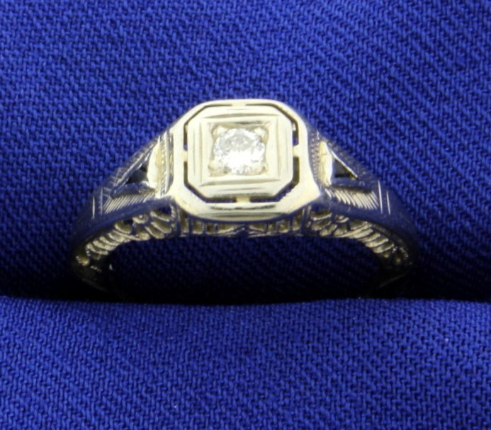 18K Vintage Filigree Diamond and Sapphire Ring