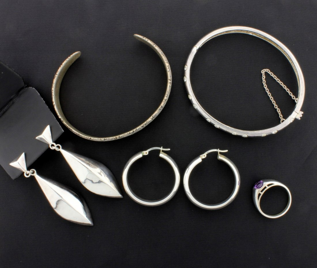 5 piece Sterling Silver Suite of one Ring, two