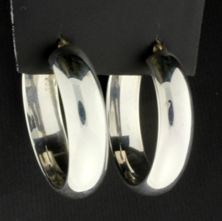 5 piece Sterling Silver Suite of one Ring, two - 4