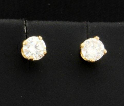 .45 Ct Diamond Stud earrings in 14k yellow gold