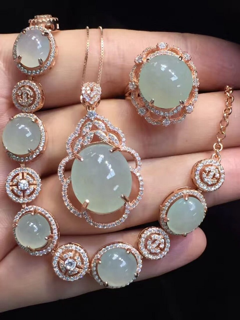 18k gold inlaid emerald ice necklace three sets - 2