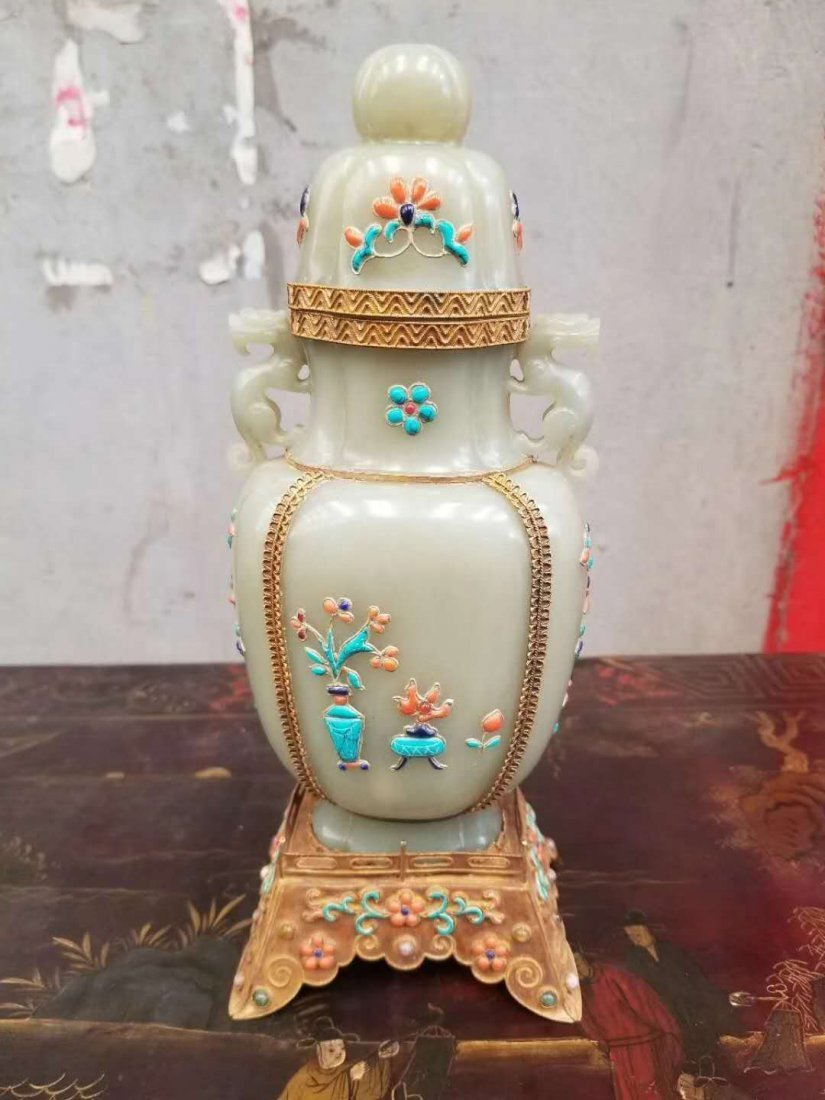 Qing dynasty Hetian White jade Gilded mosaic gem bottle