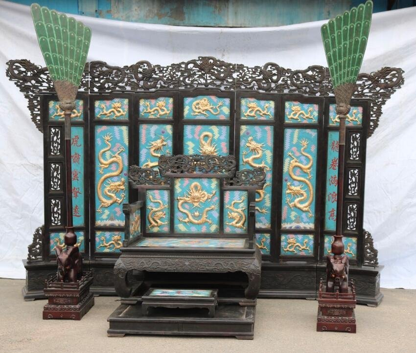 Red sandalwood carved dragon screen throne