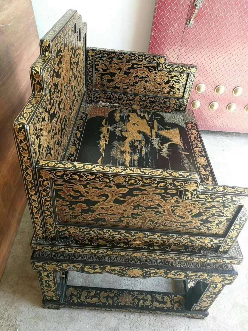 Qing dynasty lacquerware painted gold Big throne - 2