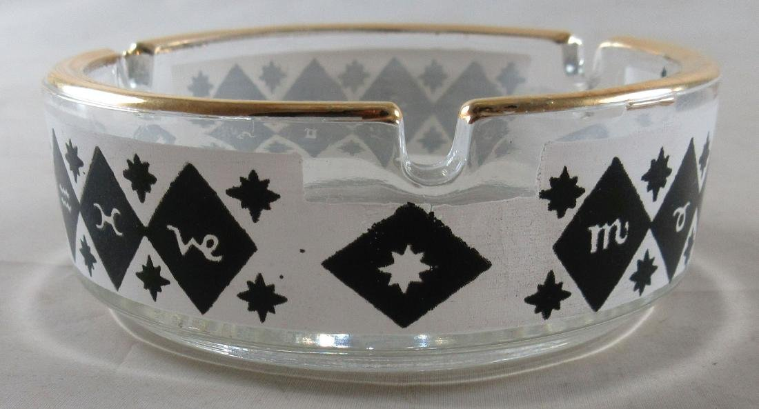 Vintage Ashtray with unknown symbols. Gold trim. - 2