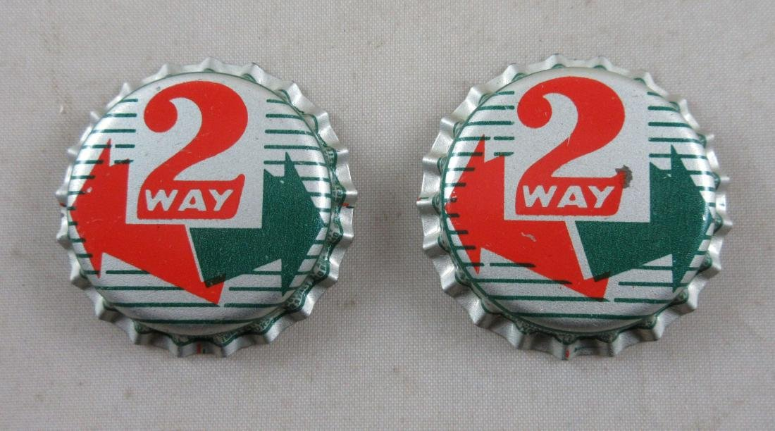 Lot of 2 Two Way Soda Plastic Lined Bottle Caps