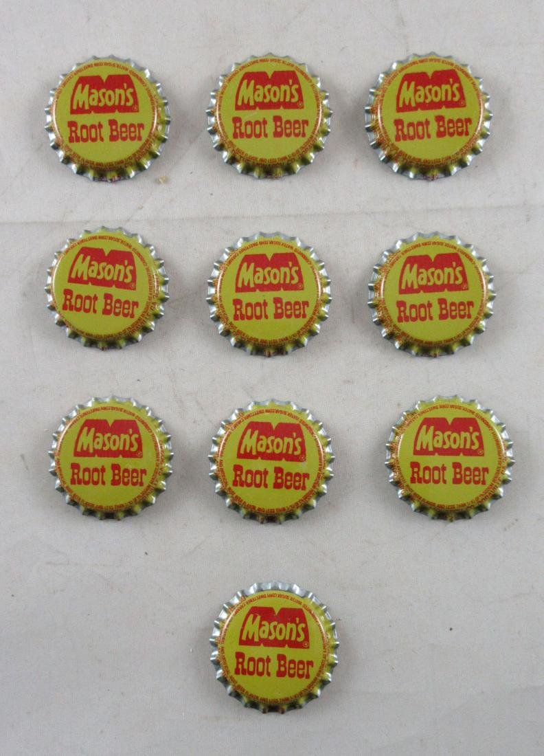 Lot of 10 Vintage Mason's Root Beer plastic lined soda