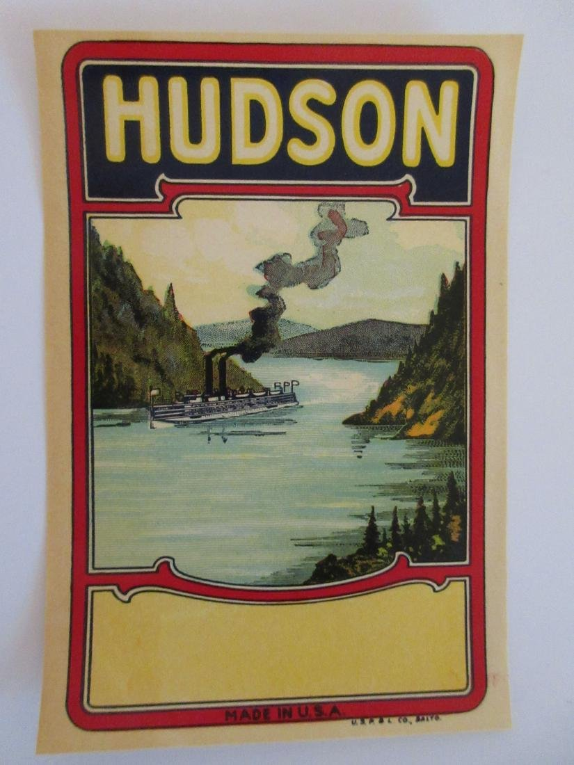 "Hudson Broom Label with Riverboat. 5-1/4"". c.1910s"