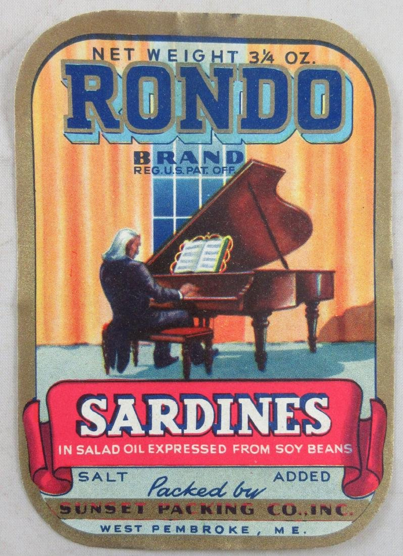 RONDO Sardines Label featuring man playing piano.