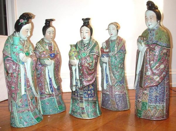 1065: Collection of 5 Court Beauties