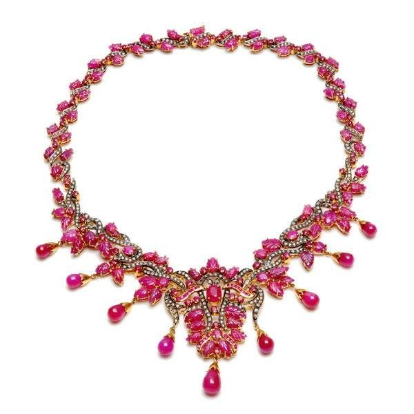 18kt Gold 92.26 Carats Ruby And Diamond Necklace