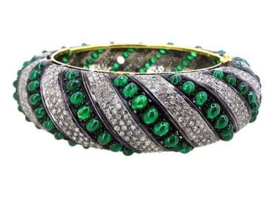 Emerald Cabachon And Diamond 14Kt Gold Bangle