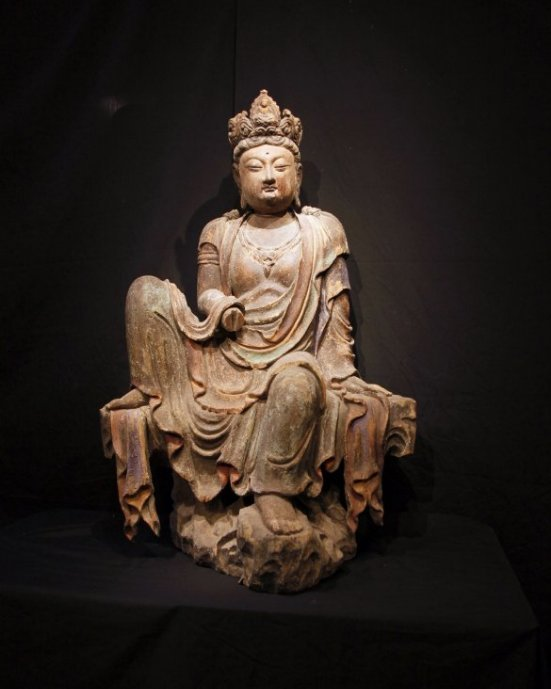 Very Rare Tang Dynasty Wood Polychrome Guanyin Figure