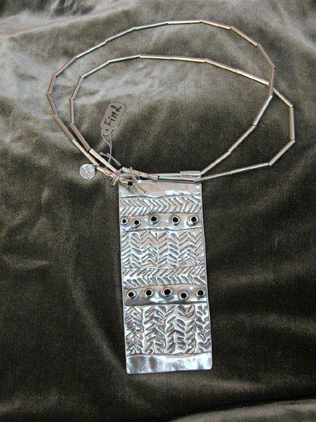 9009: Sterling Silver Necklace by Shula Shek