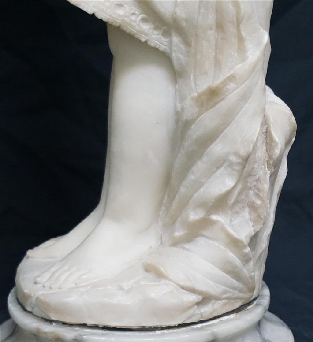 19th CENTURY ALABASTER SCULPTURE YOUNG GIRL - 9