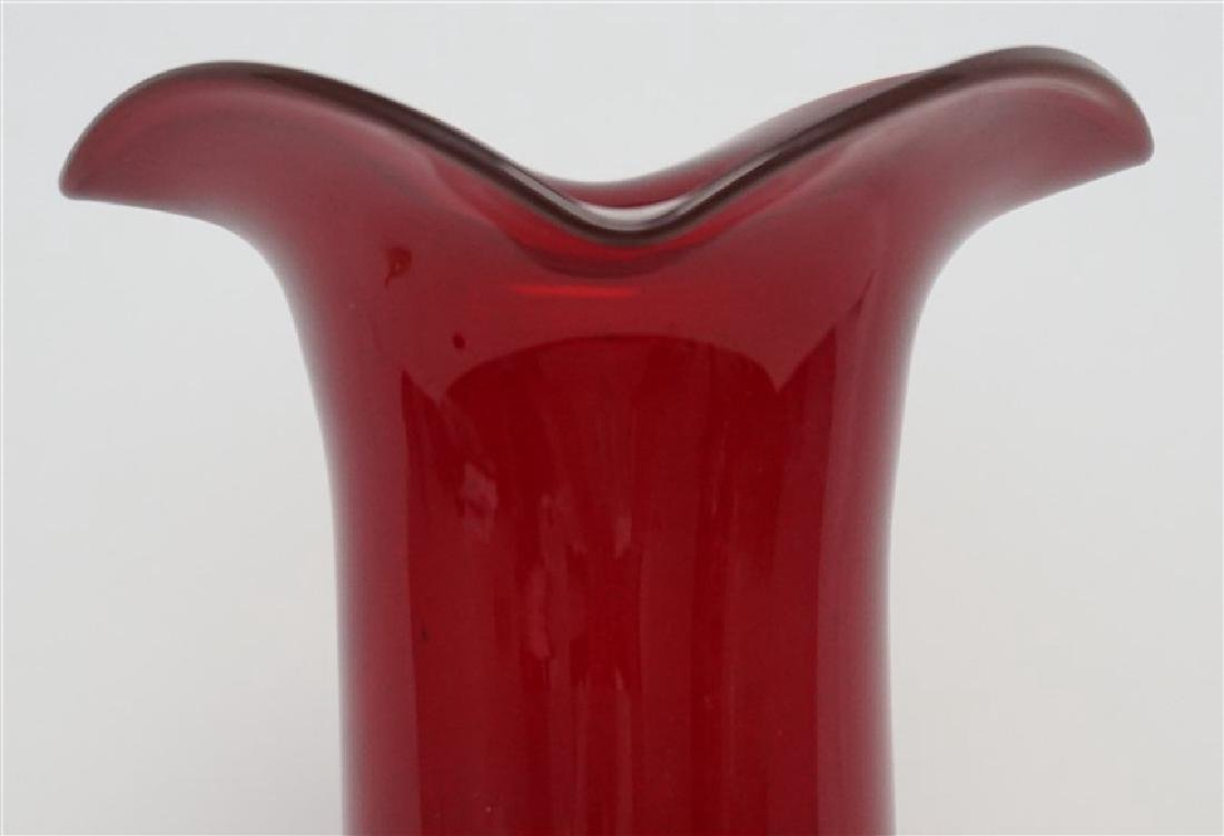 VINTAGE TALL AMERICAN BLOWN RUBY GLASS VASE - 2