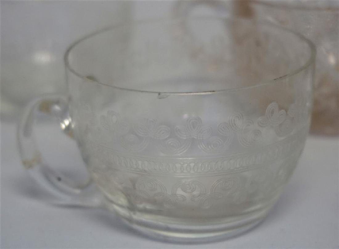 16 EAPG PUNCH CUPS - 3