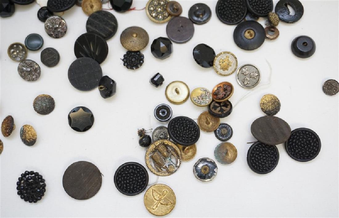 100 VICTORIAN 19th c BUTTONS - 4