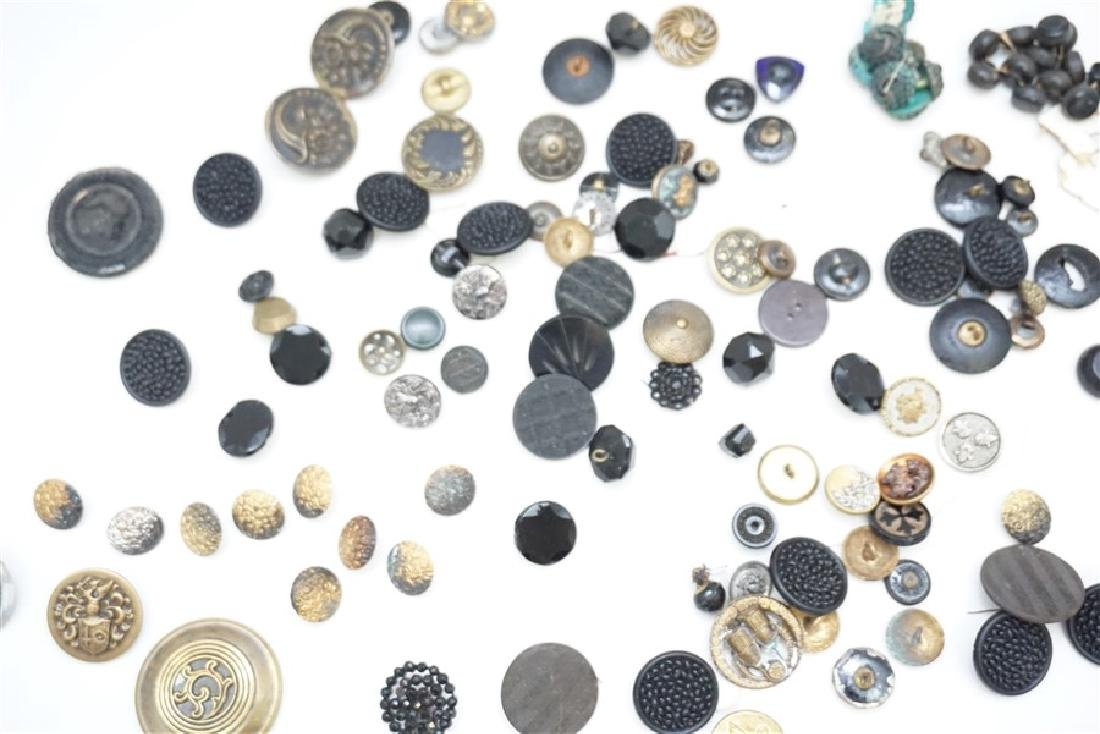 100 VICTORIAN 19th c BUTTONS - 7