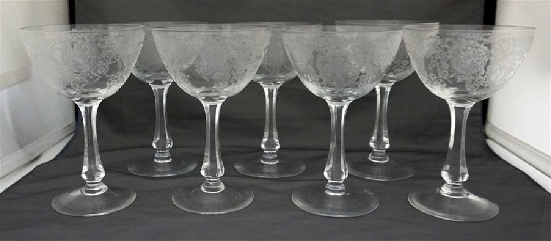 7 GLASTONBURY LOTUS BRIDAL BOUQUET CHAMPAGNES - 2