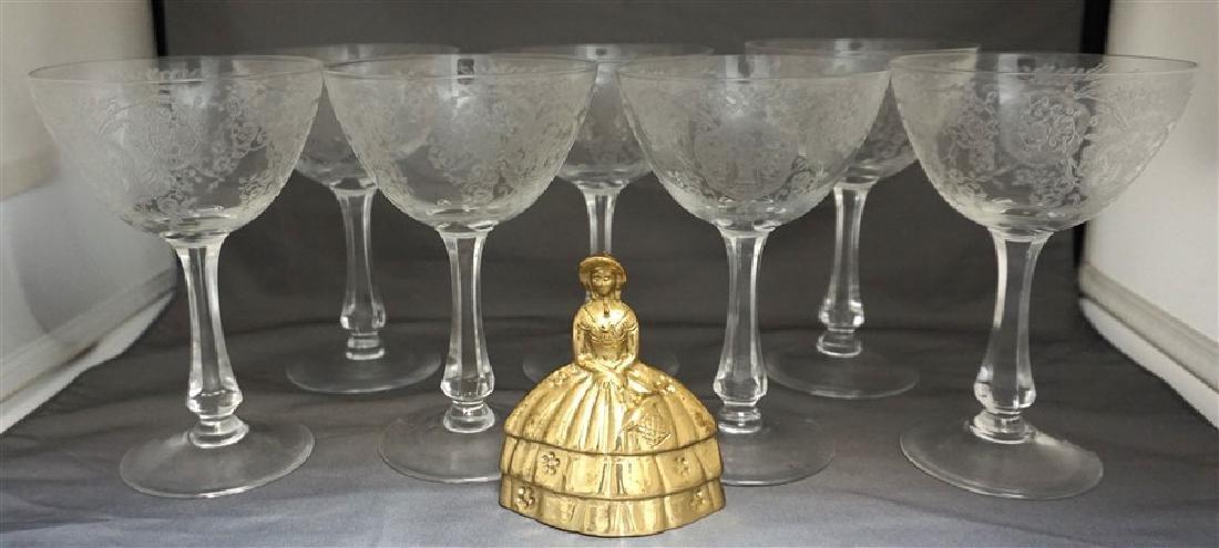 7 GLASTONBURY LOTUS BRIDAL BOUQUET CHAMPAGNES - 8