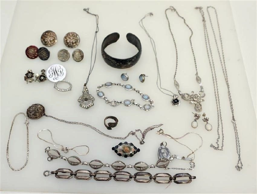 LARGE LOT STERLING SILVER VINTAGE JEWELRY