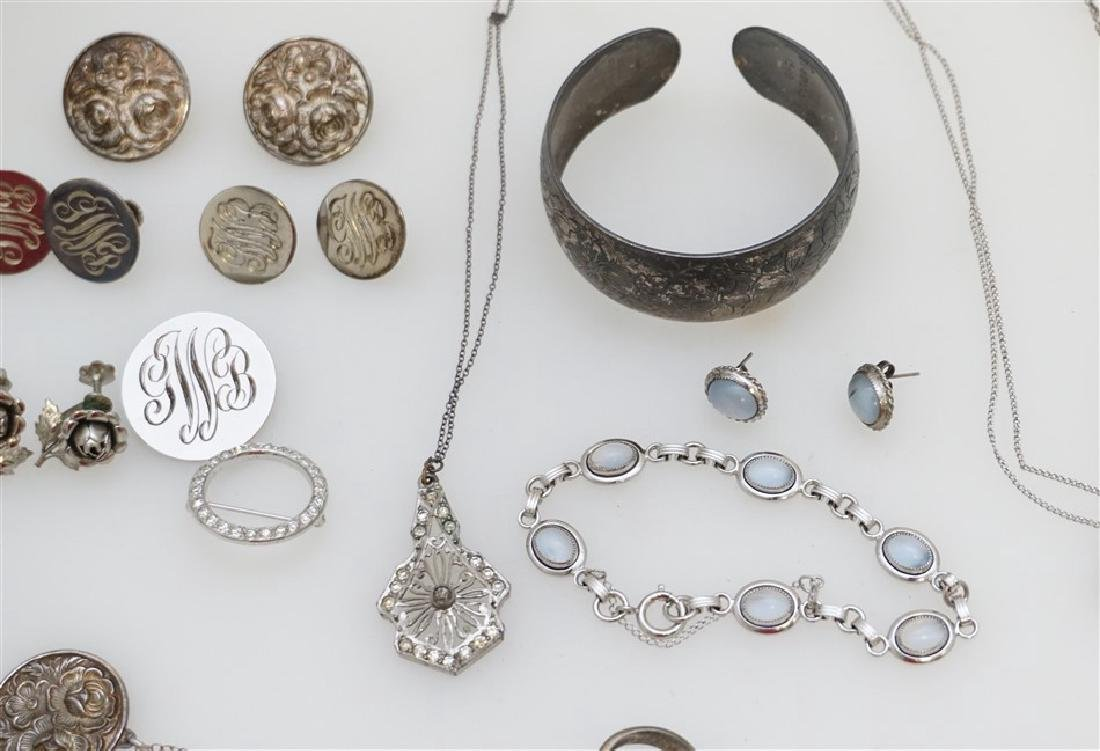 LARGE LOT STERLING SILVER VINTAGE JEWELRY - 5